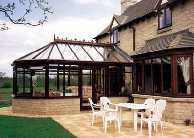 Rosewood-Victorian-glass-roof-conservatory